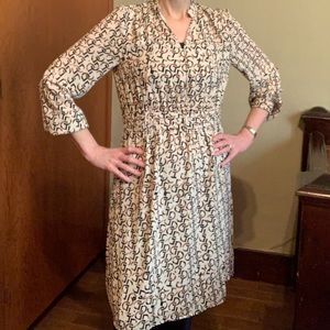 H&M lined fitted dress in geometric print Size 6